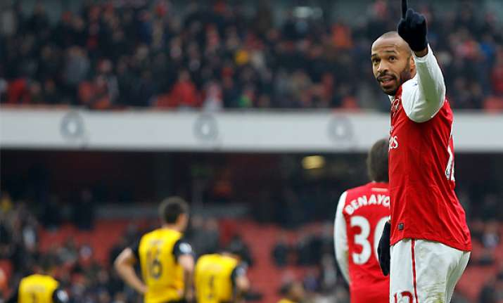 arsenal may try to extend henry s loan from mls