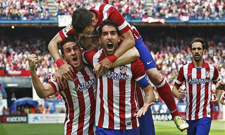 atletico madrid extends lead diego costa injured in win
