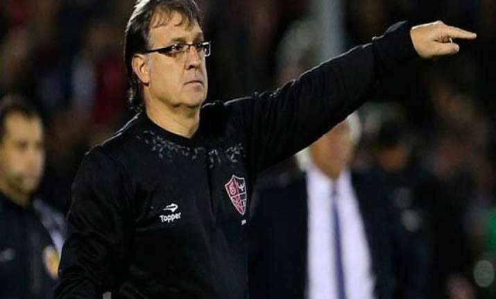 barca deny martino s departure rumours