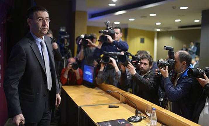 barca president to fight transfer ban defends youth system