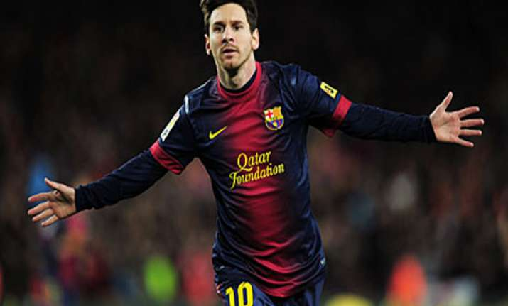 barcelona looks for lionel messi s return
