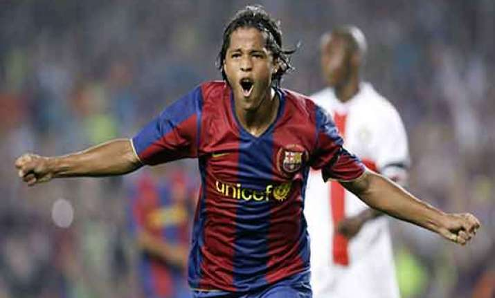 barcelona midfielder dos santos will undergo surgery