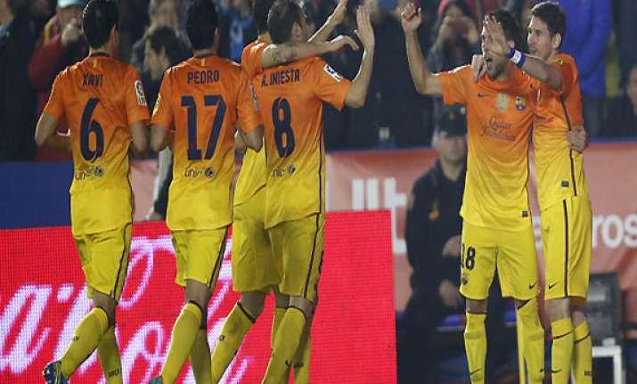 barcelona beats levante in spanish league