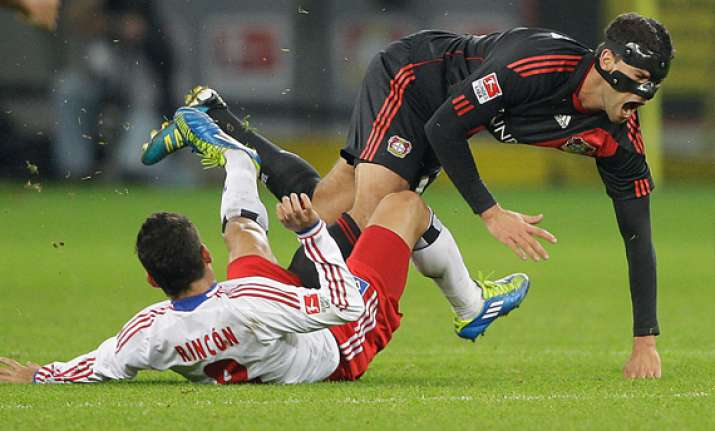 bayer leverkusen can advance by beating chelsea