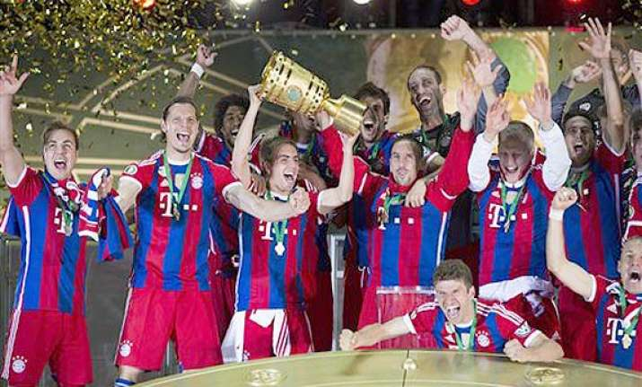 bayern munich beats borussia dortmund 2 0 in german cup