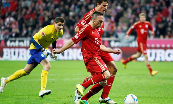 bayern beats bremen to reclaim bundesliga lead