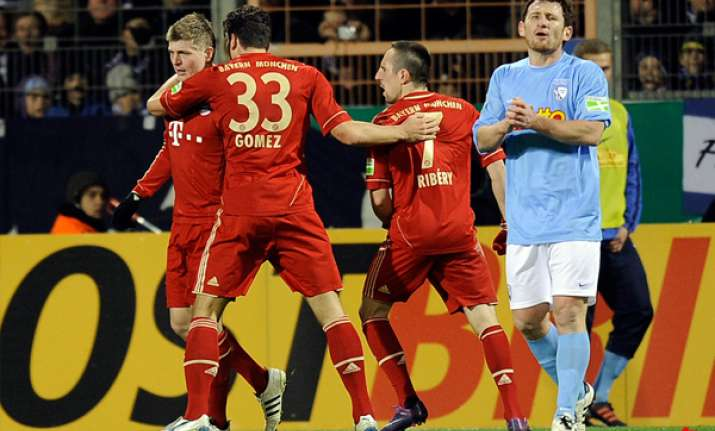 bayern squeezes into german cup quarterfinals