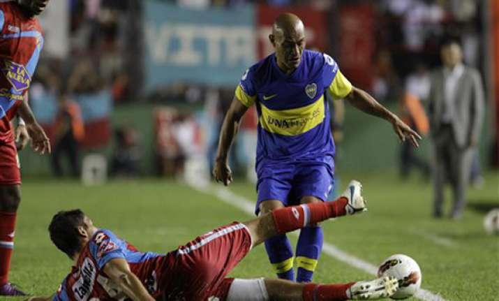 boca beats arsenal 2 1 in copa libertadores