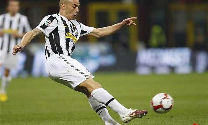 cannavaro retires from football on medical advice