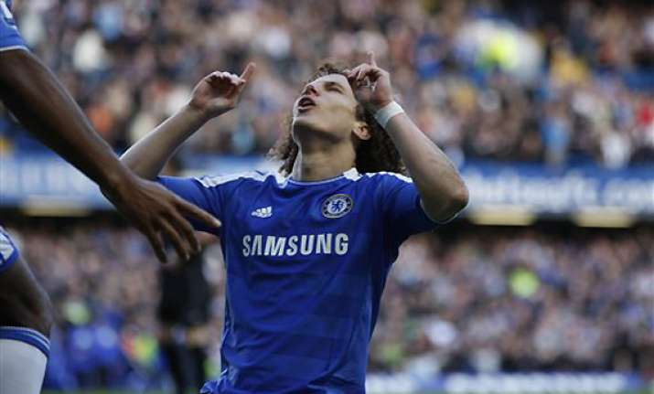 chelsea back in epl top 4 after beating bolton 3 0