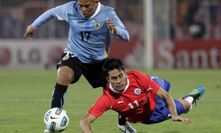 chile draws 1 1 with uruguay