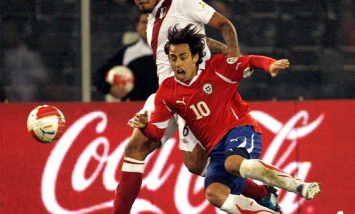 chile overpowers peru 4 2 in wcup qualifier