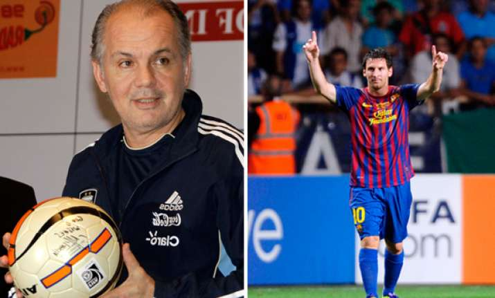coach sabella wants to rebuild argentina team around messi