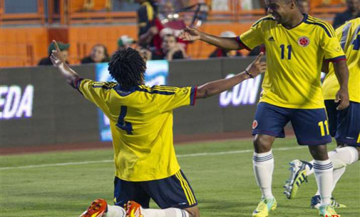 colombia beats mexico 2 0 in friendly