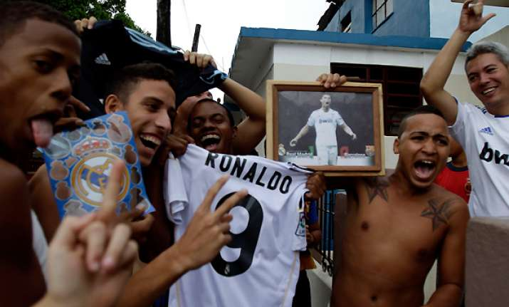 cubans tune in to real madrid vs barcelona