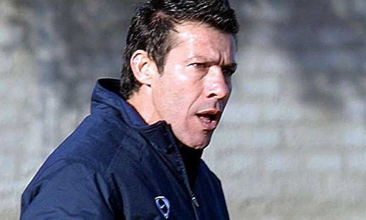 cyprus fa bans omonia coach president
