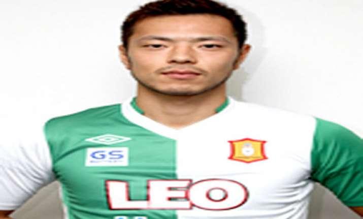 dempo to sign japanese defender shinnosuke honda