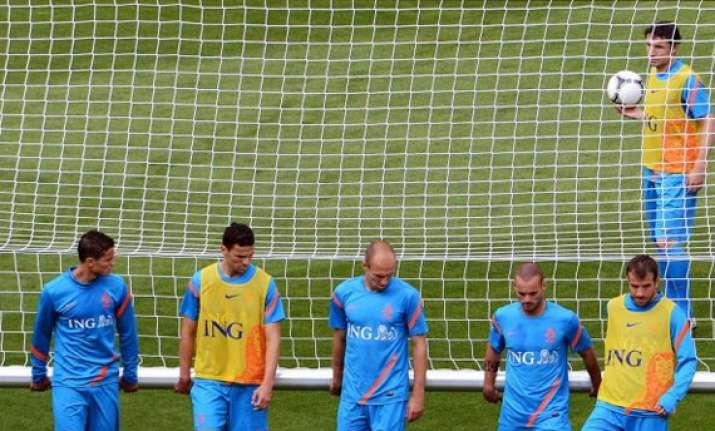 denmark first hurdle in dutch title quest