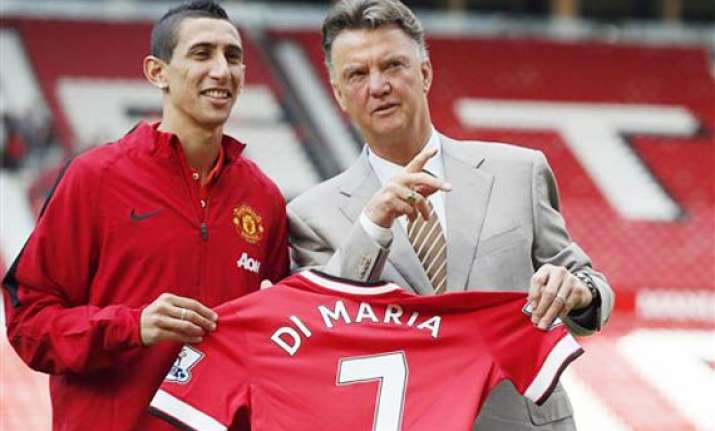 don t expect miracles from di maria van gaal says