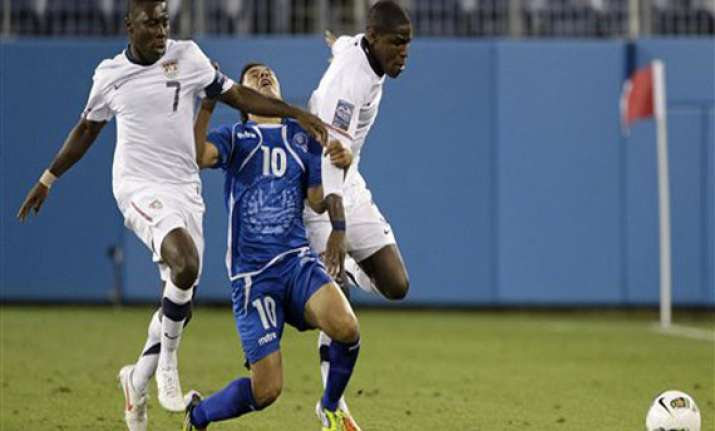 el salvador s late goal ends us olympic hopes