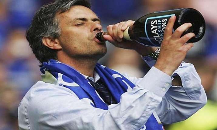 english football association fines mourinho 13 000 for