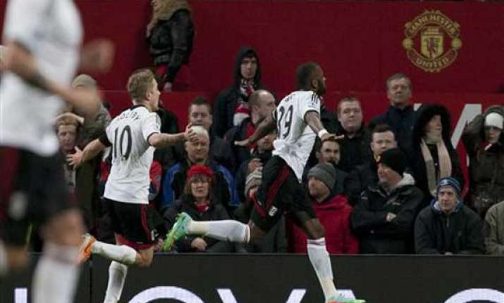 english premier league man united held by fulham
