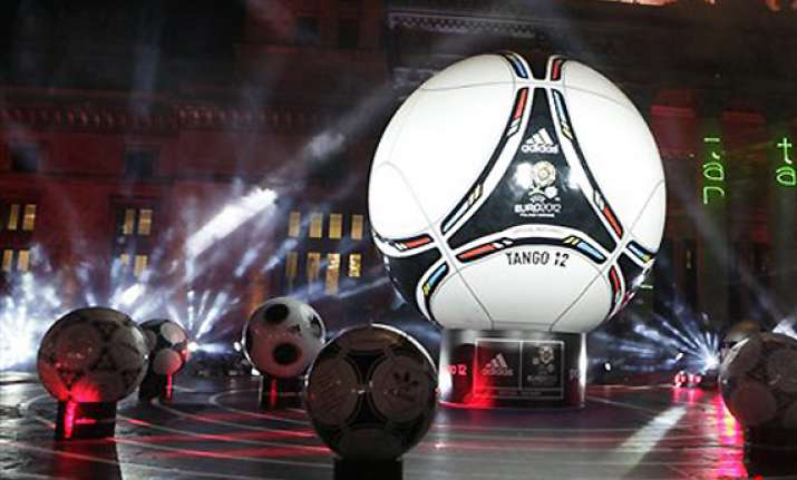 euro 2012 draw gives hosts logistical challenge