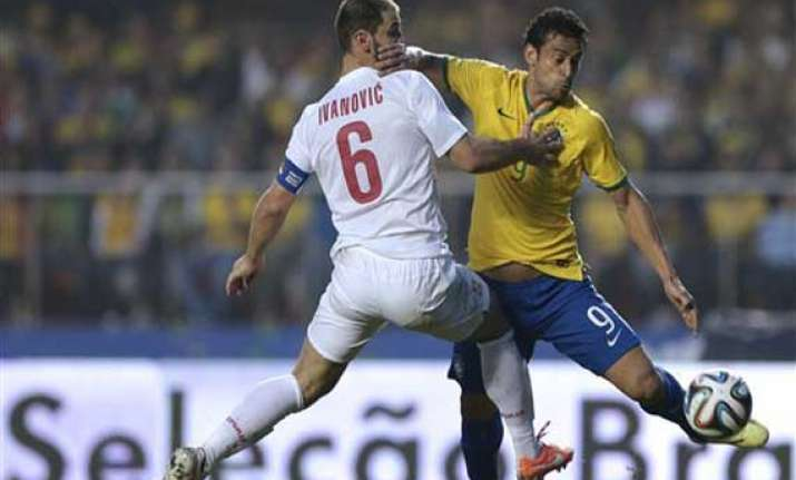 fifa cup brazil beats serbia 1 0 in final world cup warm up