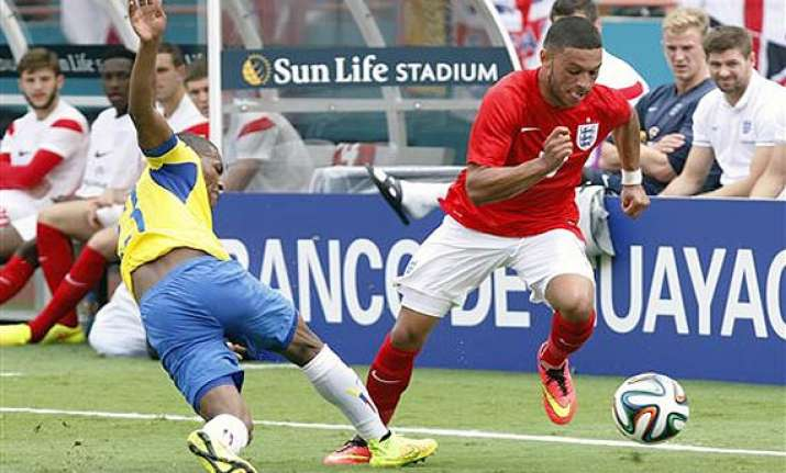 fifa world cup alex chamberlain set to go with england