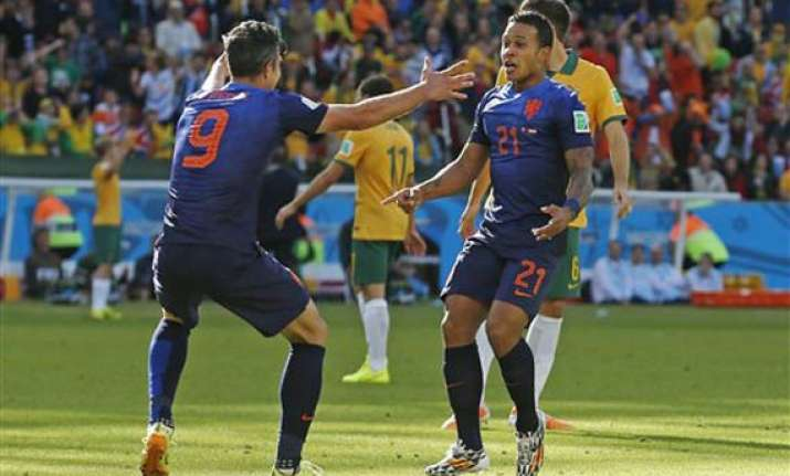 fifa world cup netherlands edge australia 3 2