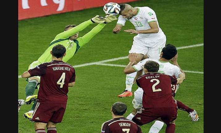 fifa world cup algeria into 2nd round after 1 1 draw with