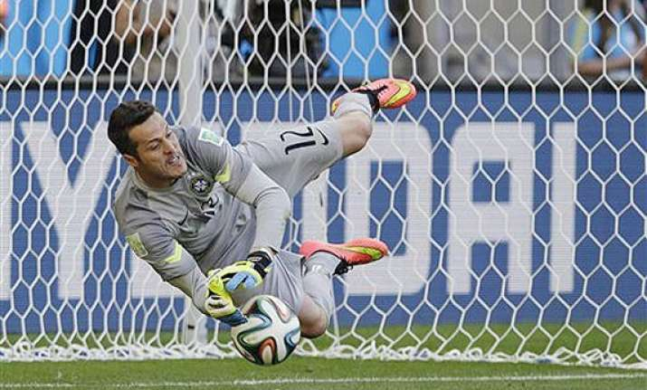fifa world cup brazil beats chile in penalty shootout to
