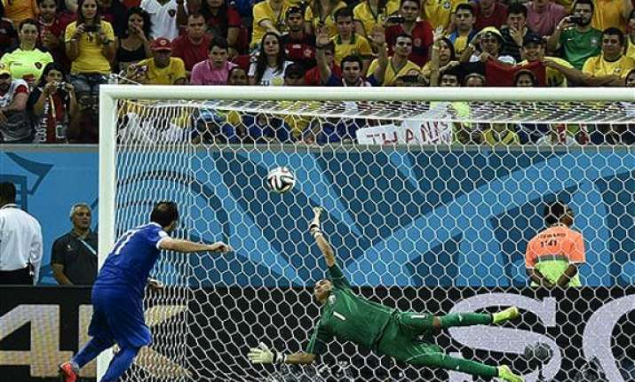 fifa world cup keylor navas carries costa rica to quarter