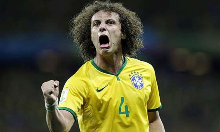 fifa world cup brazil beats colombia 2 1 to reach semifinals