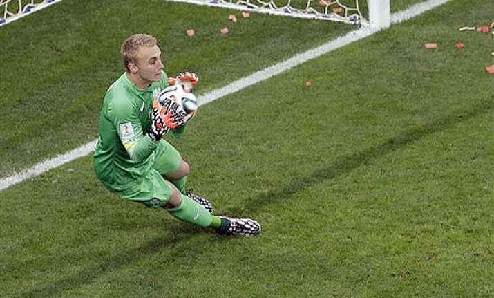 fifa world cup netherlands holds argentina 0 0 at halftime