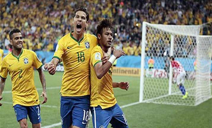 fifa world cup brazil beats cameroon 4 1 reaches 2nd round