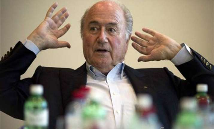 fifa calls sepp blatter to face ethics hearing