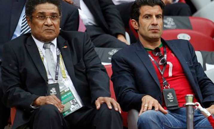 former portugal star eusebio hospitalized