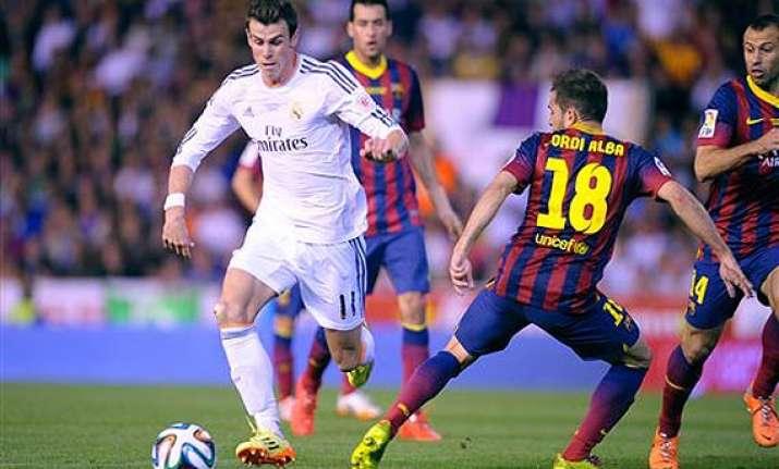 gareth bale leads madrid 2 1 past barcelona for copa del rey