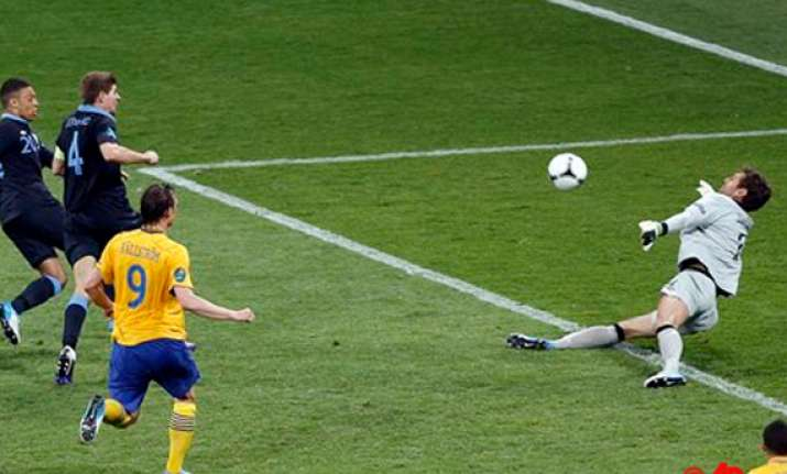 german referee stark picked for spain vs croatia