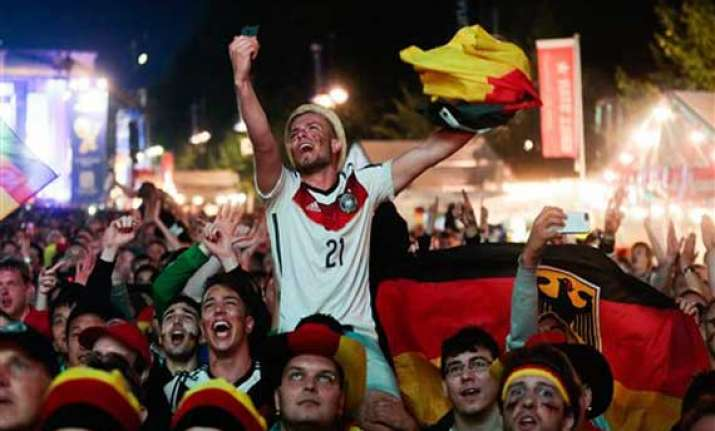 germany s world cup party gets underway at home