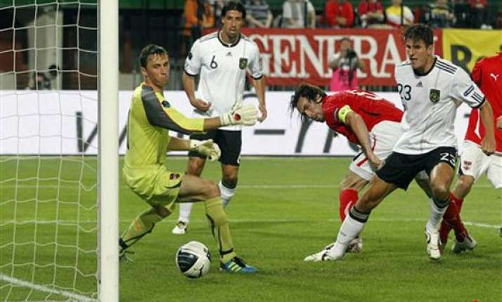 germany beats austria 2 1 in euro qualifier