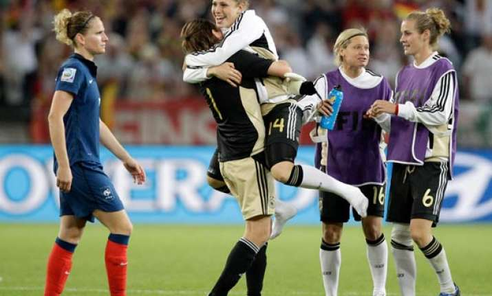 germany beats france 4 2 in women s world cup
