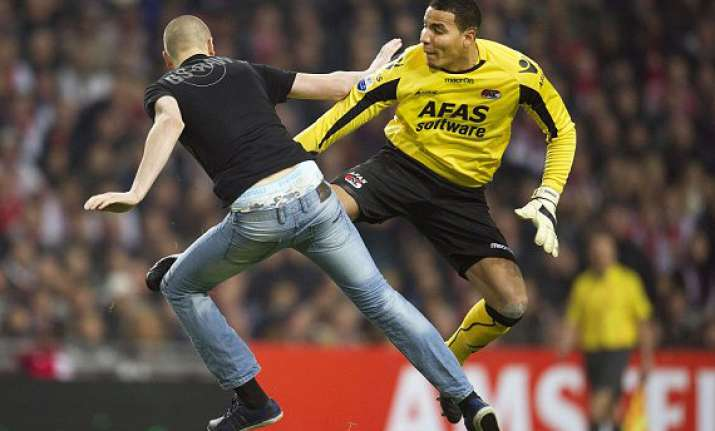 goalkeeper sent off after he gives kung fu kick to drunk