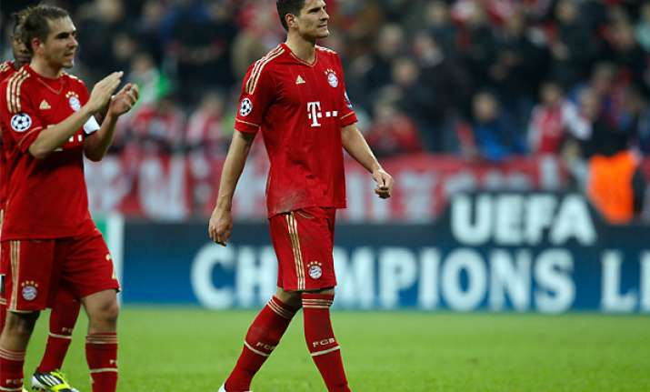 gomez says bayern will play to win in madrid