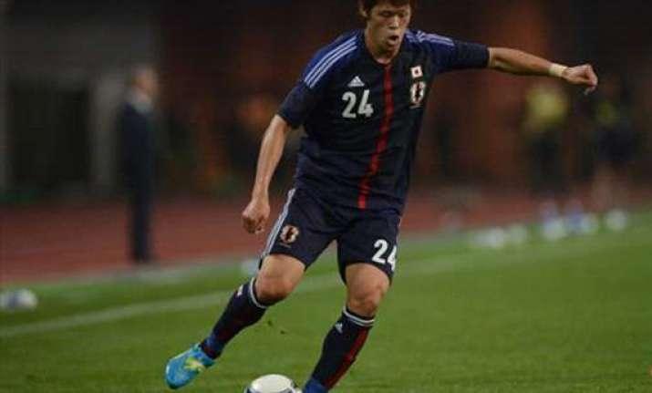 hannover signs japan defender hiroki sakai
