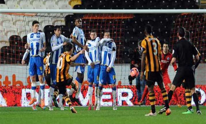 hull wins replay to set up fa cup qf vs sunderland