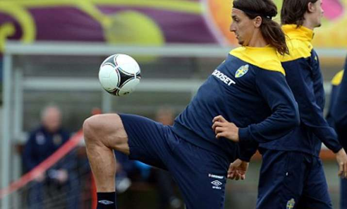 ibrahimovic sits out part of sweden training