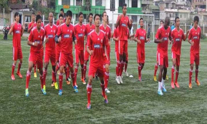 india s i league lajong edge out mohd sporting 5 4 in