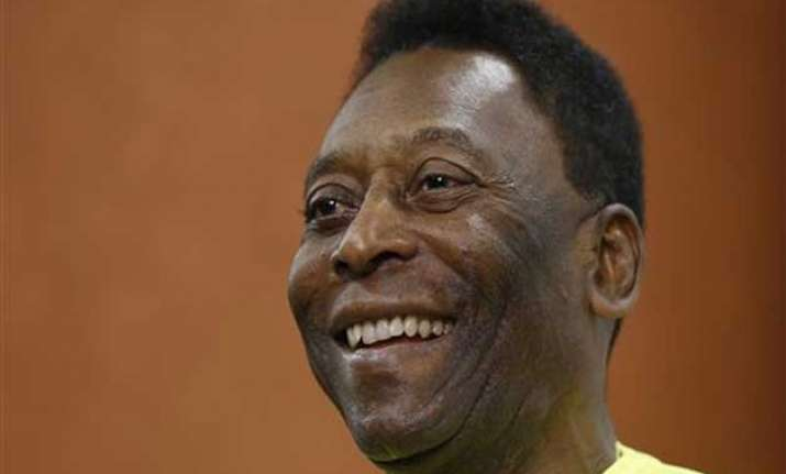 pele says he has recovered after his health scare
